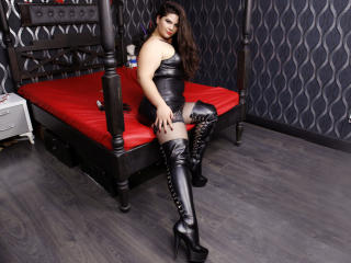 UrFetishDoll - Show sexy with this Dominatrix with enormous melons