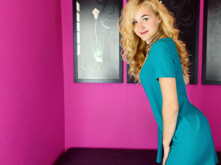 LottieL - Show sexy et webcam hard sex en direct sur XloveCam®