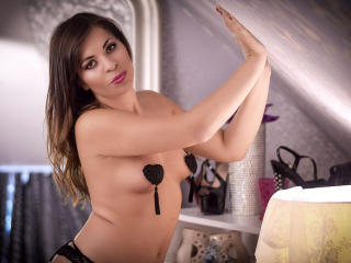 MiaJules - Show sexy et webcam hard sex en direct sur XloveCam®