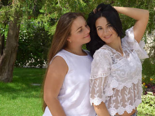 NikaXRysa - Chat cam porn with a Lesbian with gigantic titties
