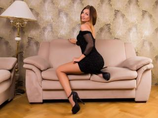 BelleGlorya - Sexy live show with sex cam on XloveCam®