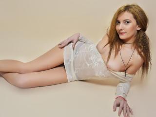 Sexy nude photo of CassieEllis