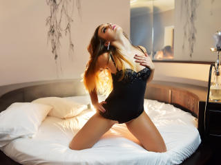 HotNikky - Show sexy et webcam hard sex en direct sur XloveCam®