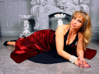 HelenLena - Web cam x with a European Lady over 35