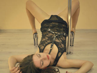VioletKaya - Show sexy et webcam hard sex en direct sur XloveCam®