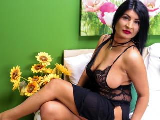 MILFalicious - Sexy live show with sex cam on XloveCam®