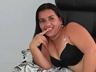 Sexy nude photo of CandyLatinlAss