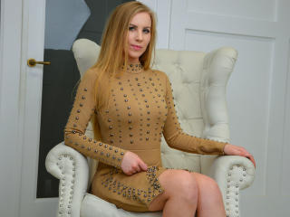 MyWorld - Sexy live show with sex cam on XloveCam®