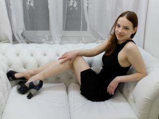 Sexy nude photo of AmeliQueen