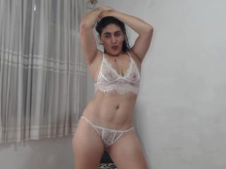 SexyBellecl - Sexy live show with sex cam on XloveCam®