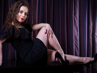 AlissaLust - Sexy live show with sex cam on XloveCam®