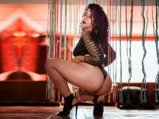 ScarletBigAss - Live exciting with a chubby constitution Mistress