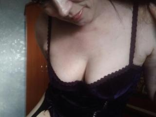 RositaSky - Webcam porn with a standard breast Lady over 35