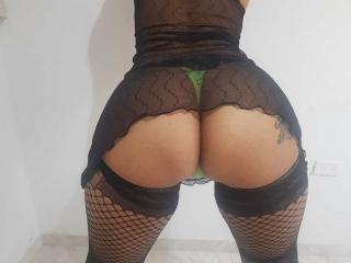 MatureMelanie - Show hard with this unshaven private part Lady over 35