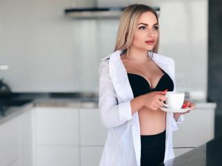 EmiliaBon - Live Sex Cam - 6588823