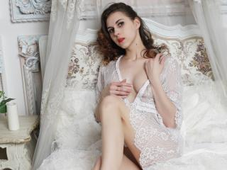 ArmiEri - Live xXx with this lean Sexy babes