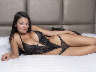VeronicSaenz - Live Sex Cam - 6600693