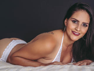 BabeIsabelleX - Cam hot with this latin american Hot chicks