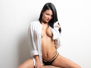 VeronicSaenz - Live Sex Cam - 6768603