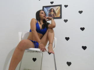 SkarletPrime - Live cam x with this dark hair Sexy lady