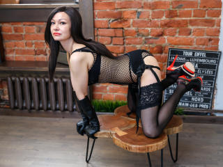VenusSexy - Live cam hot with this athletic body Hot chick