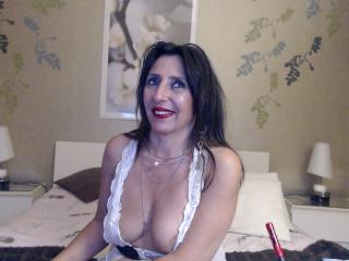 Ossenna - Video chat sexy with a Lady with massive breast