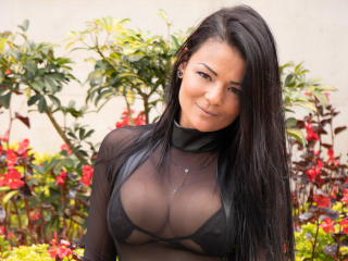 VeronicSaenz - Live Sex Cam - 6943073
