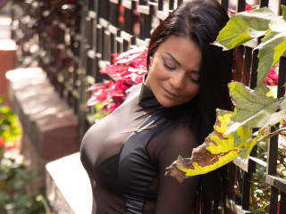 VeronicSaenz - Live Sex Cam - 6943093