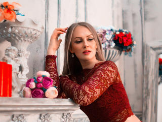 LibbyNora - Webcam sex with a platinum hair Horny lady
