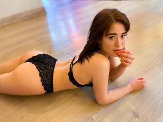 JaneRandaII - online chat sexy with a Exciting young and sexy lady with average hooters