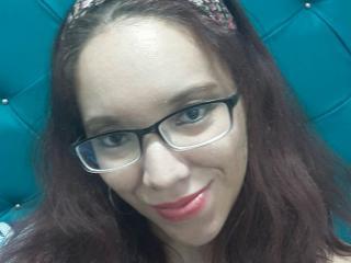 Photo de profil sexy du modèle erikaxsex, pour un live show webcam très hot !