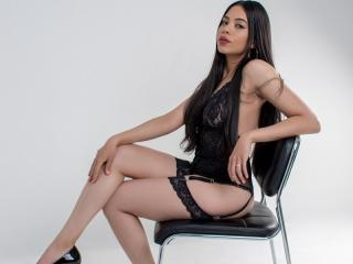 AliceBlanc - online show exciting with this shaved genital area Young and sexy lady