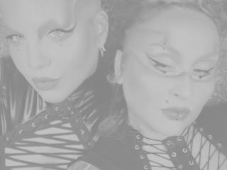 Sexy Profilfoto des Models MistressCoupleTs, für eine sehr heiße Liveshow per Webcam!