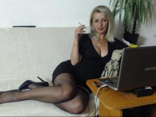 SexyCoco - online show hot with this European Hot chick