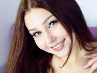 Foto del profilo sexy della modella SophieW, per uno show live webcam molto piccante!