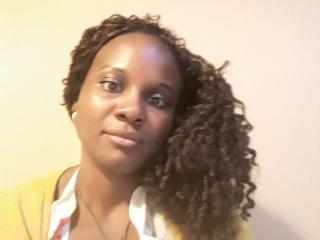 Foto de perfil sexy de la modelo Queysha, ¡disfruta de un show webcam muy caliente!
