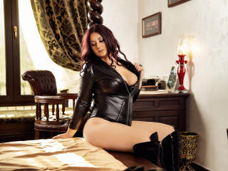 AliciaXHotty - chat online exciting with a ginger Sexy mother