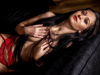 ExoticValery - Live cam x with a European Lady