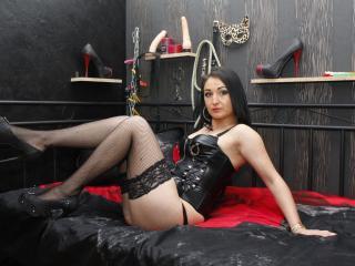 DirtyAddict模特的性感个人头像,邀请您观看热辣劲爆的实时摄像表演!