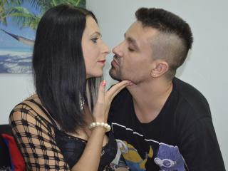 Picture of the sexy profile of MellyAndJason, for a very hot webcam live show !