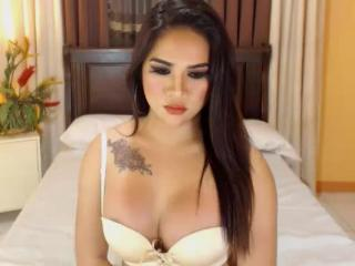 XHotCassandra - Live sex with a hairy vagina Trans
