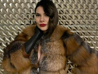 Photo de profil sexy du modèle CrystalFetish, pour un live show webcam très hot !